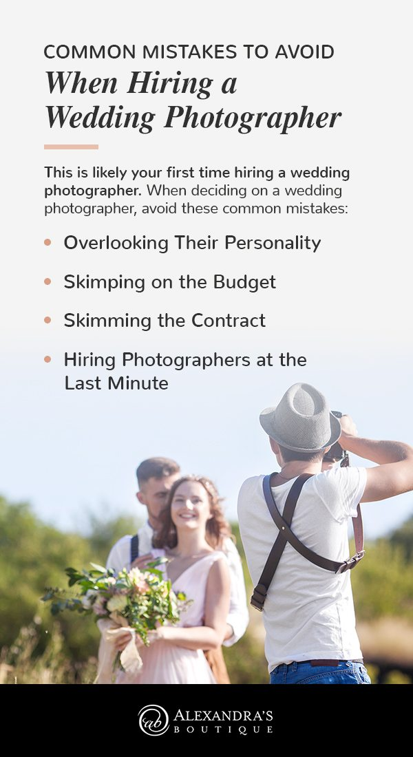 common mistakes to avoid when hiring a wedding photographer